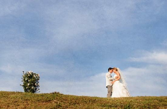 a simple wedding in tuscany